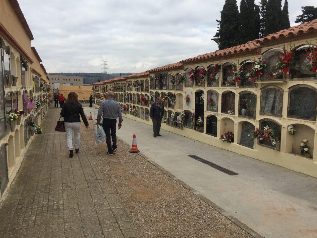 Les millores al cementiri de l'Espluga per evitar humitats. (Foto: Xavier Lozano)